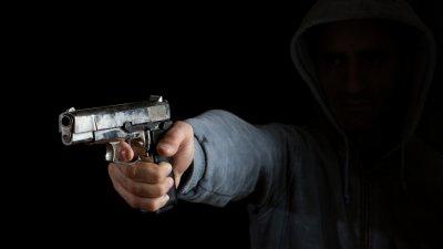 Американци застреляха мъж, уринирал на улицата