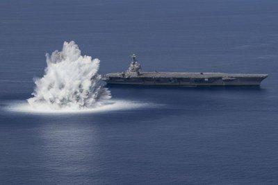 Американски военни детронираха 18-тонен експлозив в океана