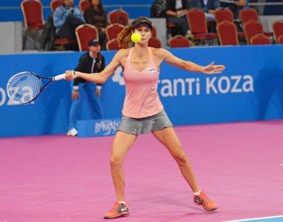Пиронкова на първи полуфинал след завръщането си на корта