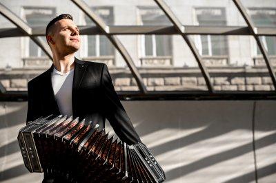 Софийска филхармония отдава почит на Астор Пиацола