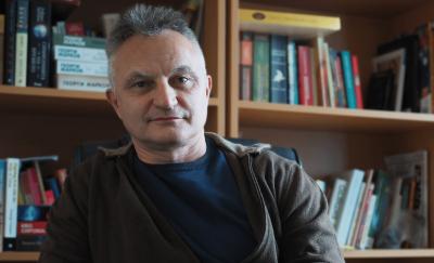 """Ето """"Череши""""-те на Захари Карабашлиева, които измъчиха седмокласниците"""
