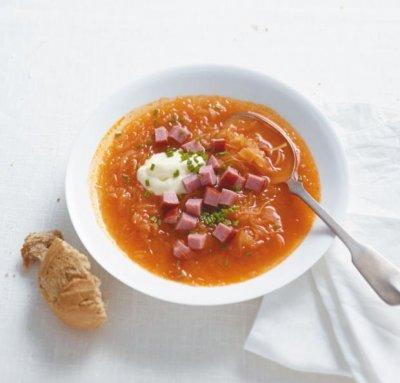 Зелева супа със заквасена сметана