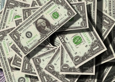 Баровец остави $16 000 бакшиш