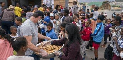 "МВФ прогнозира ""безпрецедентен глад"""