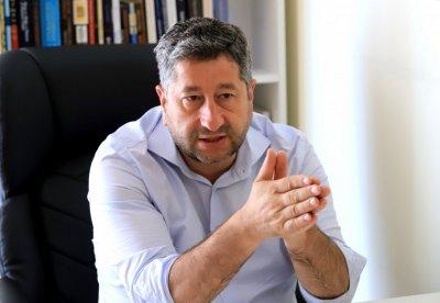 Христо Иванов: Има конституционни ограничения, които ще попречат за отстраняването на Иван Гешев