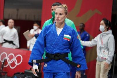 Световна шампионка спря Ивелина Илиева в Токио