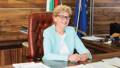 Комитова иска увеличение на бюджета на АПИ с 1,5 млрд. лева