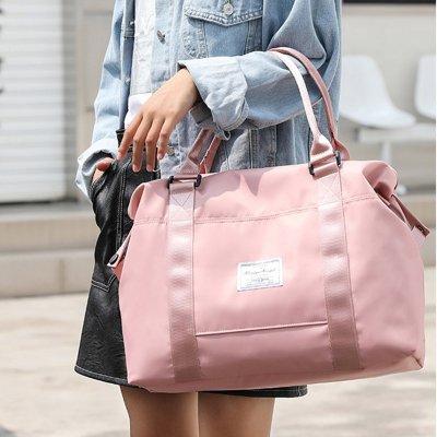 Как правилно да носите дамска чанта