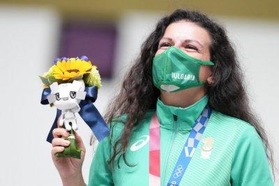Антоанета Костадинова ще стреля за втори медал на Токио 2020