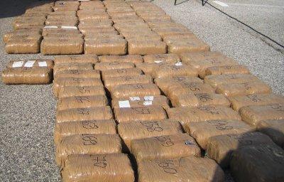 Удар: Откриха кокаин за 25 милиона евро в кашони с банани в Румъния