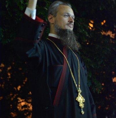 Йоло Денев и отец Дионисий освиркаха кандидат-премиера Пламен Николов