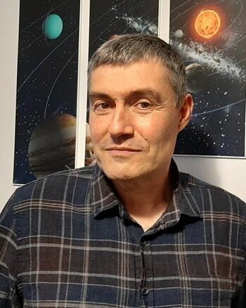 Почина топ астрологът Кирил Стойчев