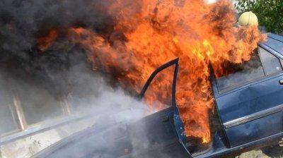 Разследват палеж на 2 коли във Видин