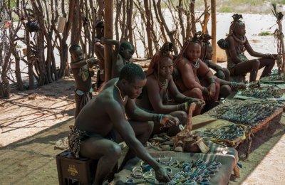 Племето, в което черпят гостите със секс