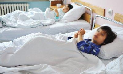 Какво става? Болниците се напълниха с деца