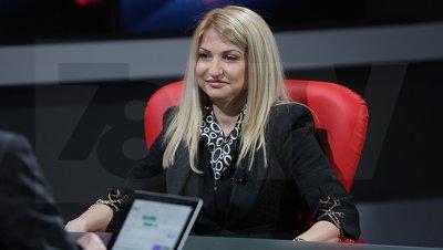 Депутатка на Слави викна енергийния министър заради себе си?