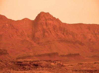 Има ли тайна база на Марс?
