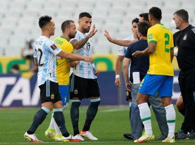 ФИФА с официално изявление за скандала на Бразилия - Аржентина