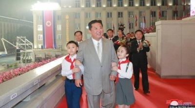 СЮРПРИЗ: Ким Чен Ун отслабна зловещо