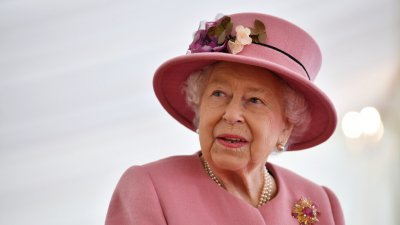 Кралица Елизабет пак стана прабаба