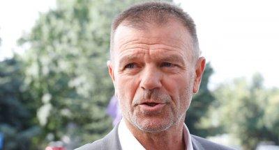 Младенов в София: Боли, но тази загуба не ще ме заблуди