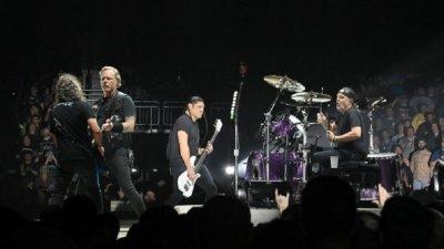 """""""Metallica"""" се върна в Топ 10 след 29 години"""