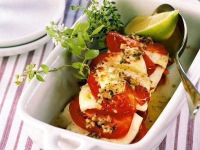 Печени домати със сирене и билки