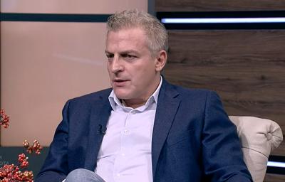 Москов: Василев и Петков са леви, колкото е лява дясната ми обувка