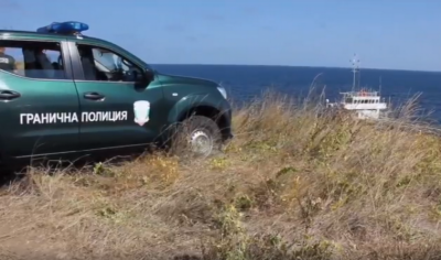 Издирват мъж, изчезнал в морето край Каварна