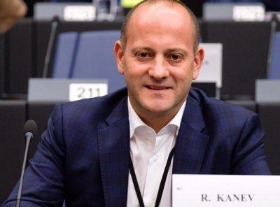 """Радан Кънев: За скъпия ток е виновен """"Газпром"""""""