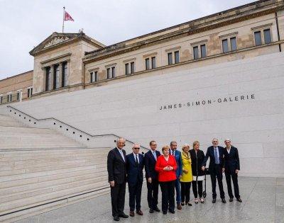 Меркел откри берлинския Лувър, кръстен на еврейски меценат