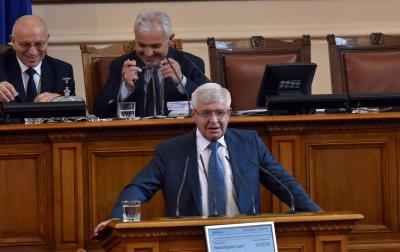 Кирил Ананиев: Край на монопола на Здравната каса