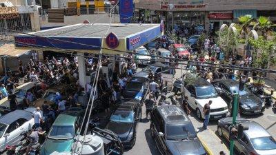 В Ливан: Без ток, без хляб, без бензин