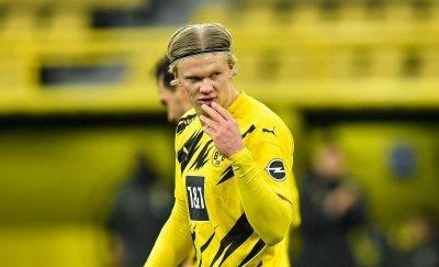 Президентът на Байерн: Защо ни е Холанд, когато имаме най-добрия футболист в света?