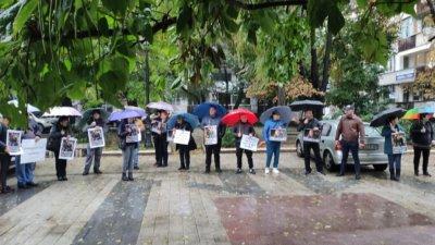 Пловдив протестира преди делото за катастрофата край Кадиево