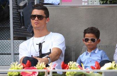 Малкият Роналдо се извини на Меси за това как е кръстен