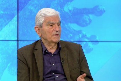 Акад. Петрунов: Ще страдаме с години заради търпимостта към антиваксърите