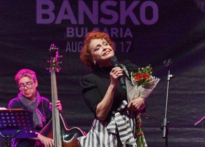 """Камелия Тодорова се изповядва в спектакъла """"Моят глас"""""""