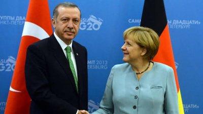 Ердоган след среща с Меркел: Расизмът и ислямофобията са бич за турците в Европа