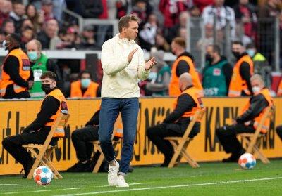 Треньорът на Байерн лепна COVID-19