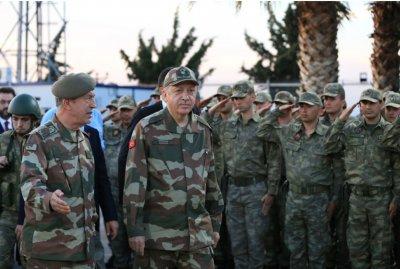Ердоган отмъщава: Нови арести на военни в Турция