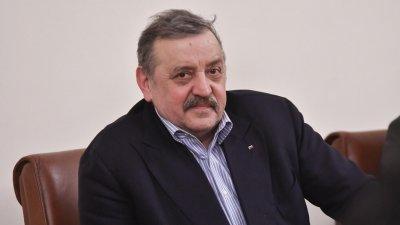 """Кантарджиев влиза в журито на """"България търси талант"""""""