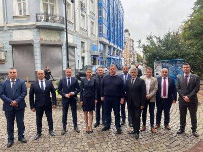 Каракачанов се похвали: Открихме кампанията за президент