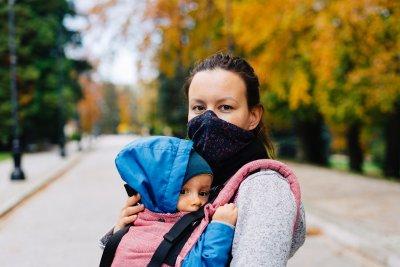 Родителите с деца до 14 г. имат право на Covid помощ