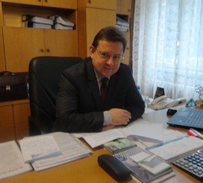 Д-р Атанас Атанасов: Все повече млади хора и деца карат тежък COVID-19