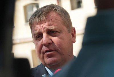 ВМРО към Радев: Уволнете Кацаров!