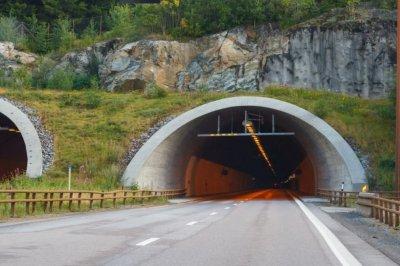 Изборите решават съдбата на тунела под Шипка