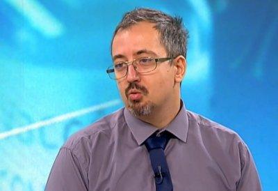 Лъчезар Томов: Хората трябва да бъдат принуждавани да се ваксинират