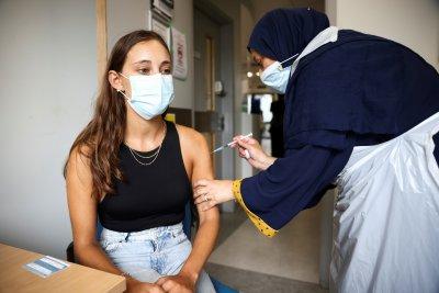СЗО одобрява едновременните ваксини срещу COVID-19 и грип