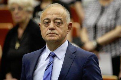 Атанасов: Румен Радев не е политически независим